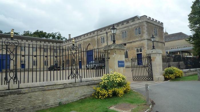 Бёргли-хаус (Burghley House) 76591