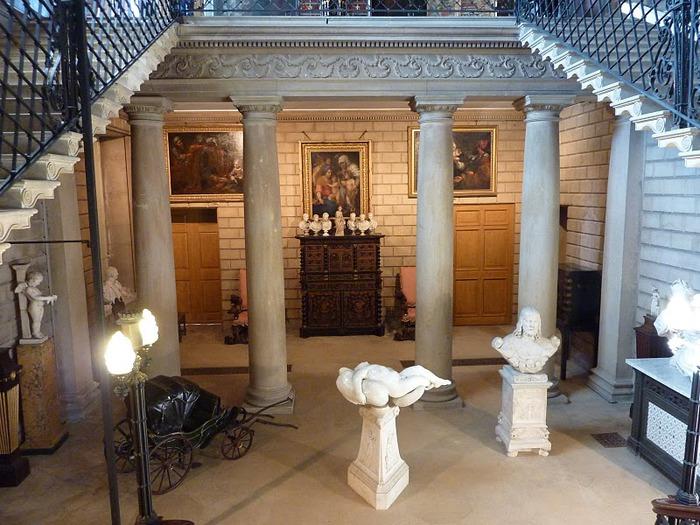 Бёргли-хаус (Burghley House) 55411