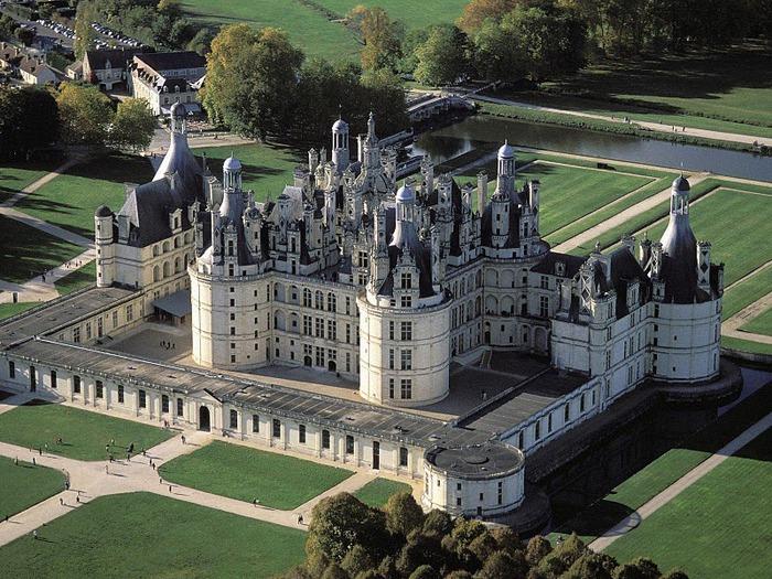 Замок Шамбор – королевский каприз 91871