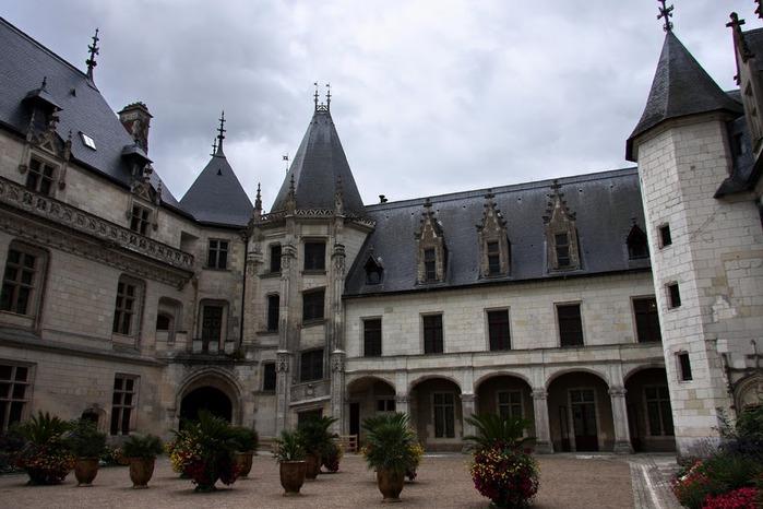 Замок Шомон 33454