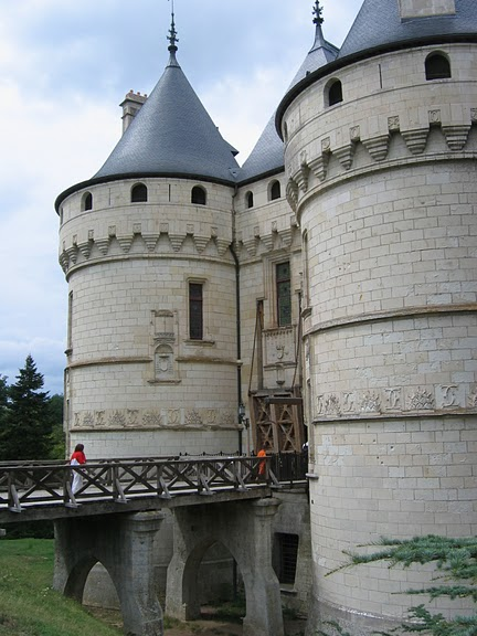 Замок Шомон 49358