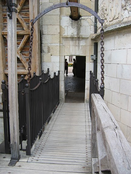 Замок Шомон 67483