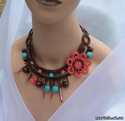 Идея вязания ожерелья крючком.