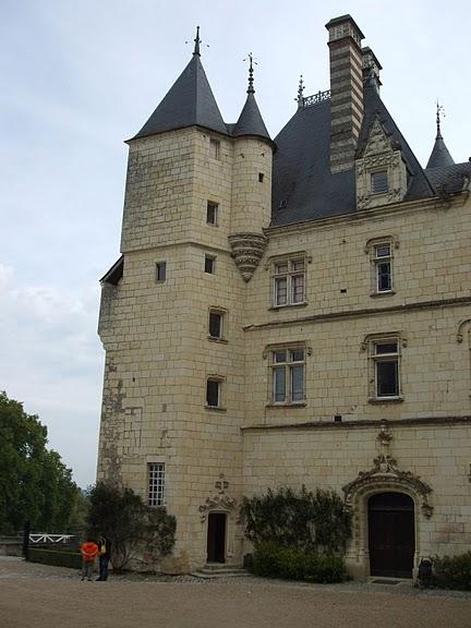 Замок Юссе - «замок спящей красавицы» 78422