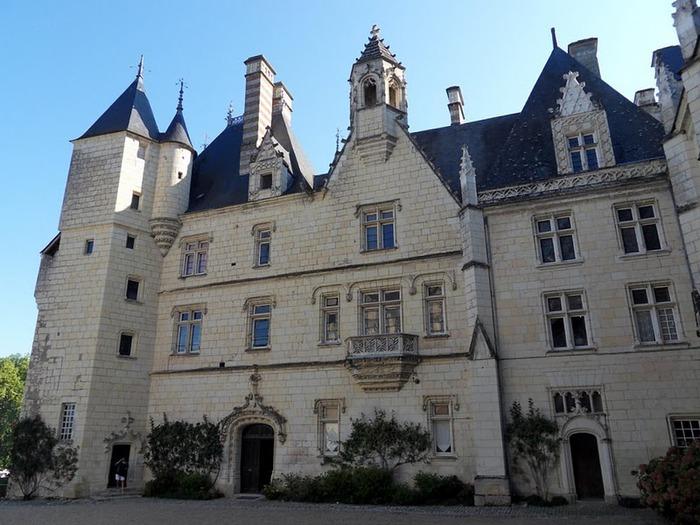 Замок Юссе - «замок спящей красавицы» 34786