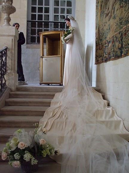 Замок Юссе - «замок спящей красавицы» 51120