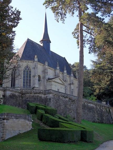 Замок Юссе - «замок спящей красавицы» 77011