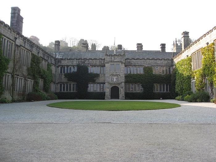 Замок Lanhydrock, графство Корнуолл. 95320