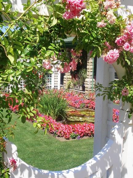 Сады Бучартов на острове Ванкувер. The Butchart Gardens. 98483