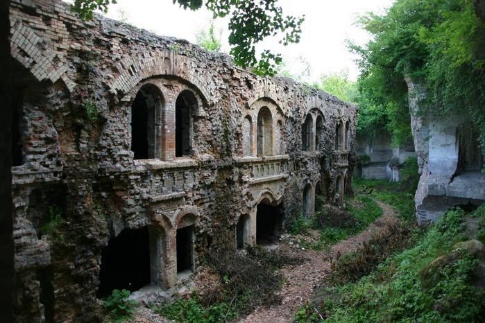 Таракановский форт 11717