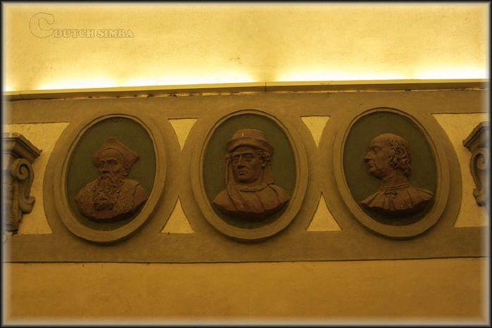 Палаццо Медичи-Риккарди (Palazzo Medici Riccardi) 38110