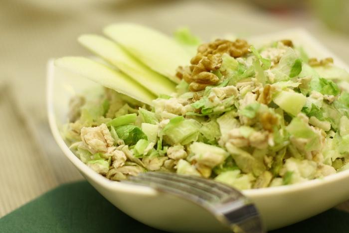 Картинки по запросу салат Курица и сельдерей фото