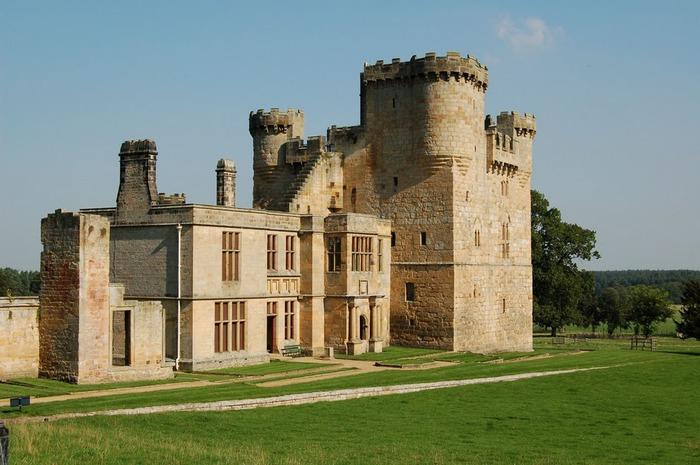 Замок Белси (Belsay Castle) 44103