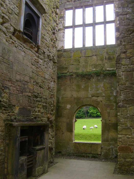 Замок Белси (Belsay Castle) 34958