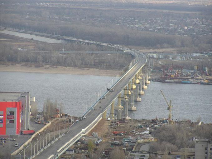 Мост через Волгу в Волгограде