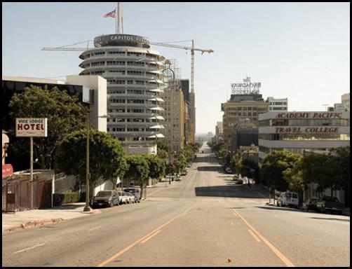 Пустой Лос-Анжелес фотографа Мэта Лога (Matt Logue)