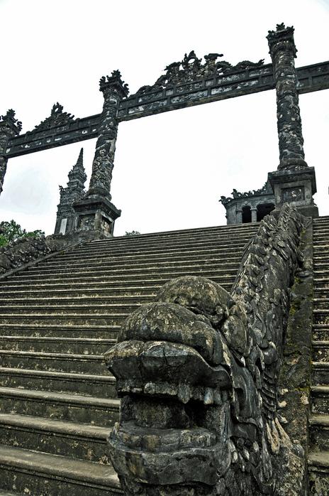 Мавзолей Кхай Динь -Tomb of Khai Dinh 98097