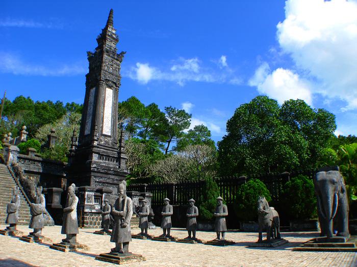 Мавзолей Кхай Динь -Tomb of Khai Dinh 35219