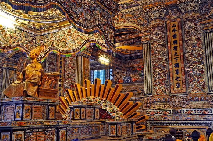 Мавзолей Кхай Динь -Tomb of Khai Dinh 82002