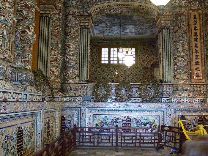 Мавзолей Кхай Динь -Tomb of Khai Dinh 58398
