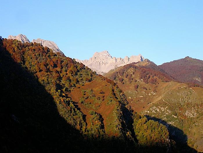 Пиренеи 15477