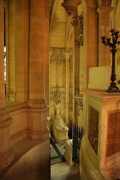 La chapelle royale de Dreux-Королевская капелла в Дрё 18622