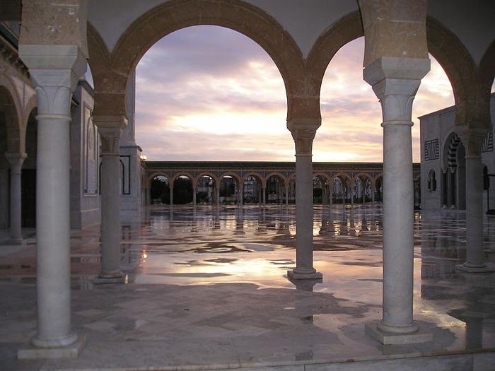 Музей-мавзолей Хабиба Бургибы 77029