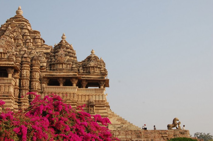 ИНДИЯ: Храмы Кхаджурахо (The Temples of Khajuraho) 64081