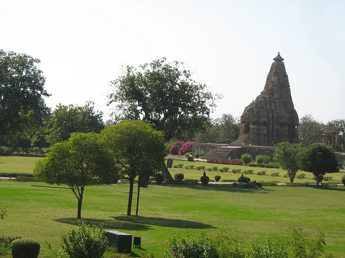 ИНДИЯ: Храмы Кхаджурахо (The Temples of Khajuraho) 20375