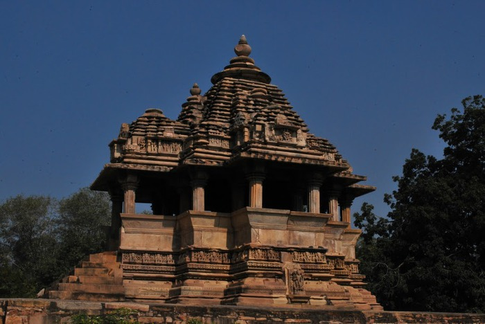 ИНДИЯ: Храмы Кхаджурахо (The Temples of Khajuraho) 72671