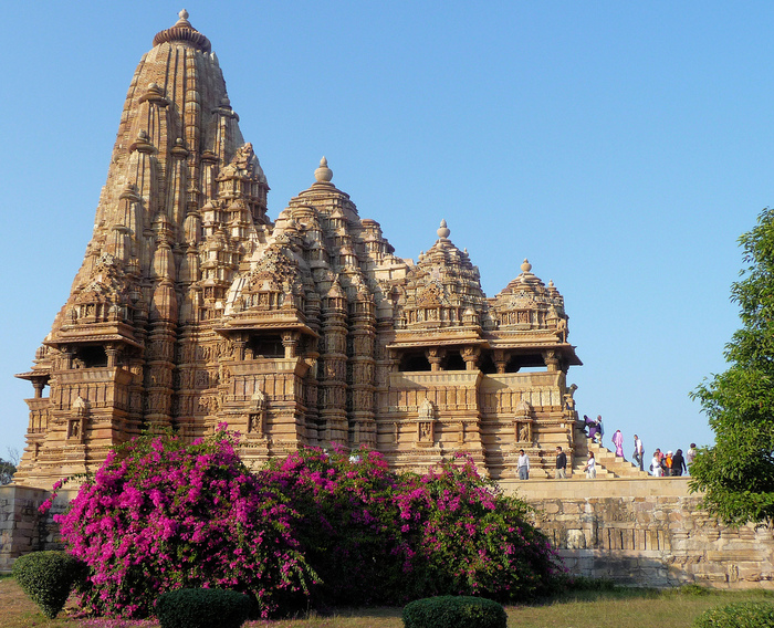 ИНДИЯ: Храмы Кхаджурахо (The Temples of Khajuraho) 63298