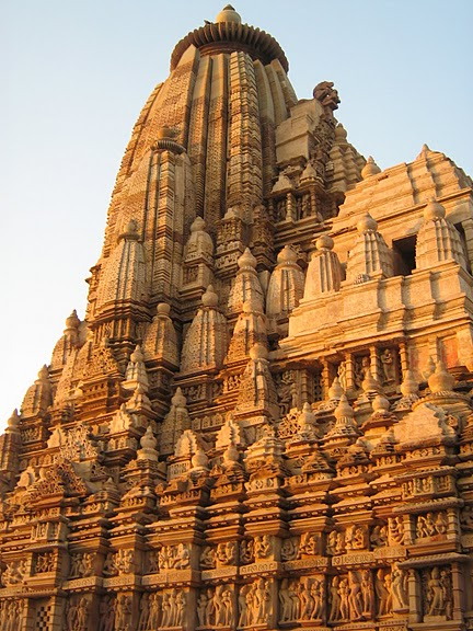 ИНДИЯ: Храмы Кхаджурахо (The Temples of Khajuraho) 75742