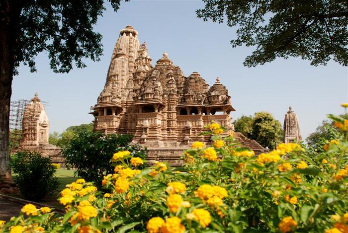 ИНДИЯ: Храмы Кхаджурахо (The Temples of Khajuraho) 16421