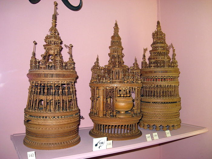 дворец Амбрас (Castle Ambras) 44613