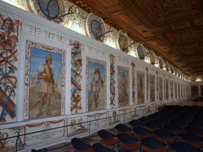 дворец Амбрас (Castle Ambras) 20195