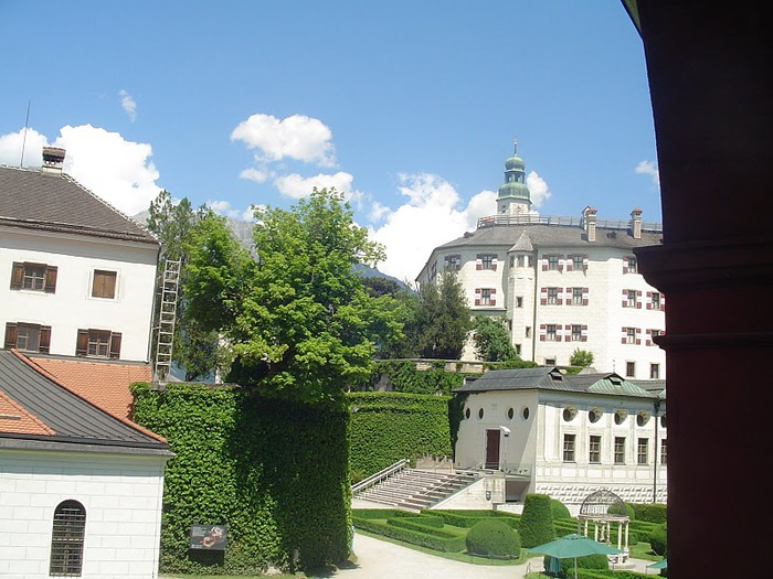 дворец Амбрас (Castle Ambras) 11177