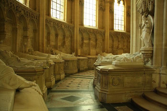 La chapelle royale de Dreux-Королевская капелла в Дрё 87182