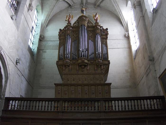 La chapelle royale de Dreux-Королевская капелла в Дрё 31099