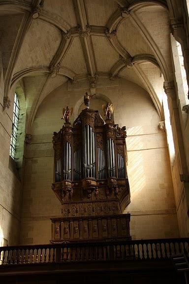 La chapelle royale de Dreux-Королевская капелла в Дрё 51280