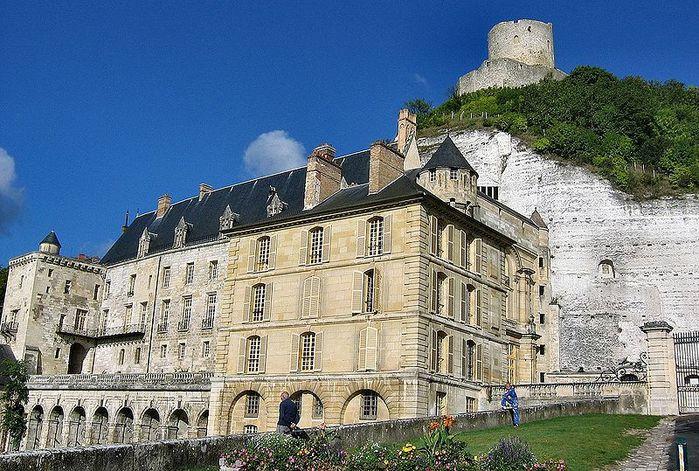 Замок Ла Рош-Гюйон (La Roche-Guyon) 32374