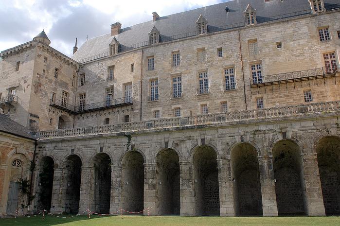 Замок Ла Рош-Гюйон (La Roche-Guyon) 26011