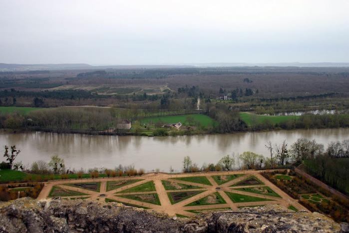 Замок Ла Рош-Гюйон (La Roche-Guyon) 48811