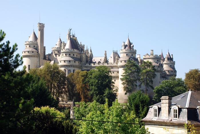 Замок Пьерфон ( фр. Chateau de Pierrefonds ) 13214