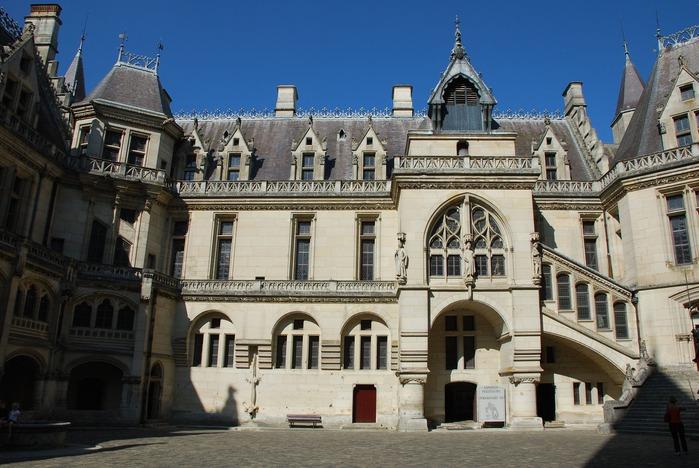 Замок Пьерфон ( фр. Chateau de Pierrefonds ) 44625