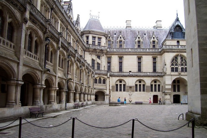 Замок Пьерфон ( фр. Chateau de Pierrefonds ) 76993