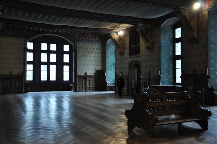 Замок Пьерфон ( фр. Chateau de Pierrefonds ) 76600