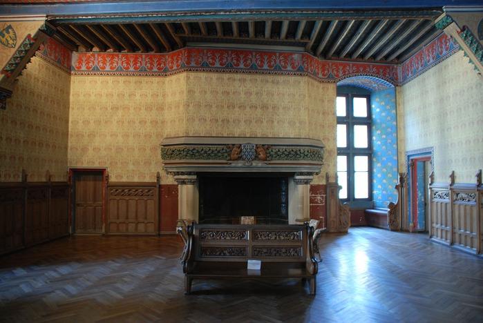 Замок Пьерфон ( фр. Chateau de Pierrefonds ) 89790