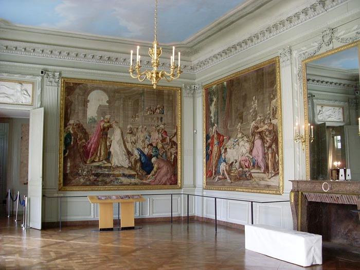 Замок Ла Рош-Гюйон (La Roche-Guyon) 58310