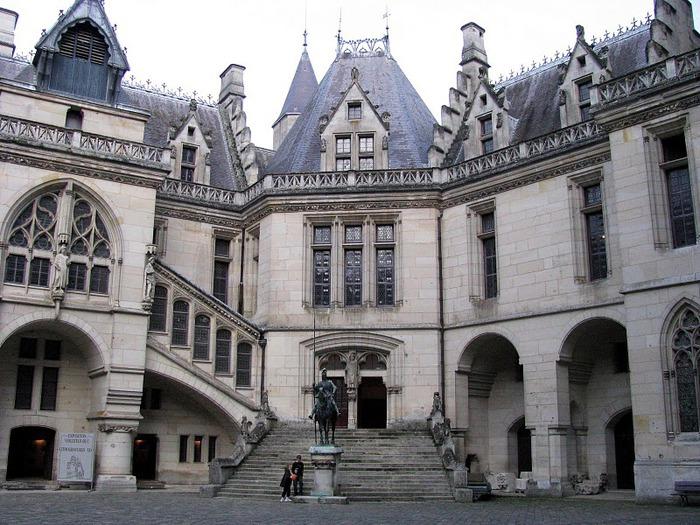 Замок Пьерфон ( фр. Chateau de Pierrefonds ) 67088