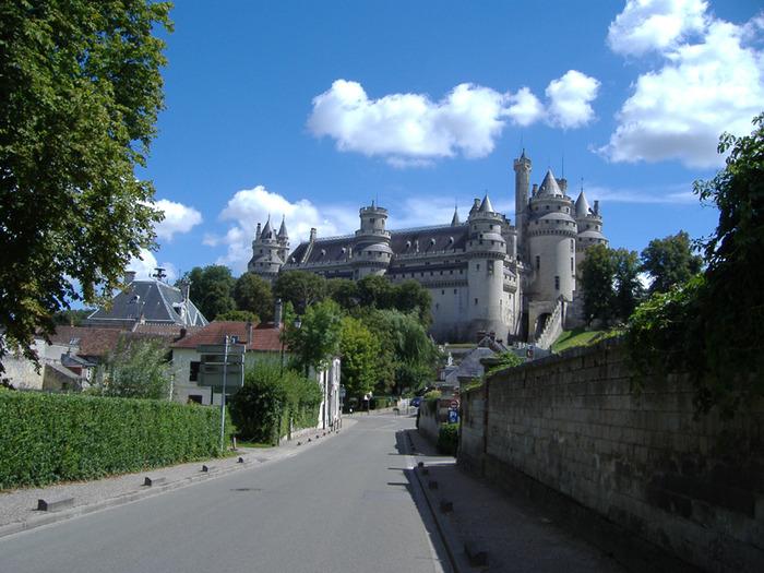 Замок Пьерфон ( фр. Chateau de Pierrefonds ) 26574